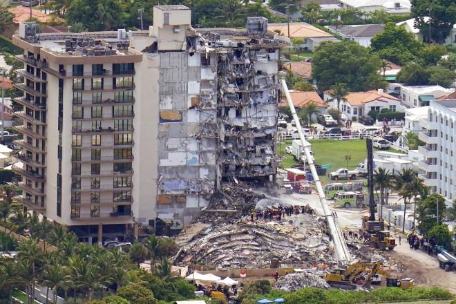 Κατάρρευση πολυκατοικίας στο Μαϊάμι