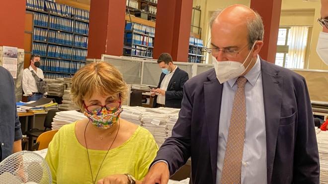 Επίσκεψη Χατζηδάκη στο ΝΑΤ- Eurokinissi