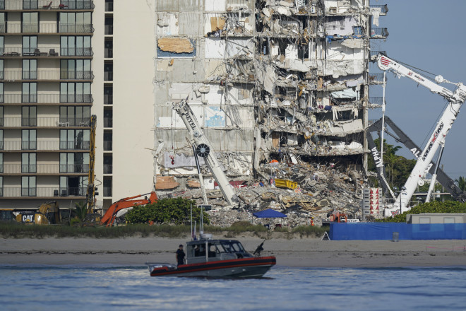 To κτίριο που κατέρρευσε στο Μαϊάμι- φωτογραφία ΑΡ