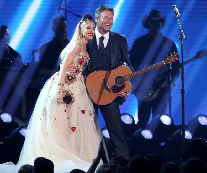 Gwen Stefani Blake Shelton Grammys 2020