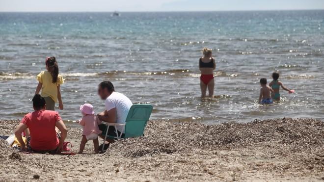 παραλία Σχινιά- φωτογραφία ΙΝΤΙΜΕ