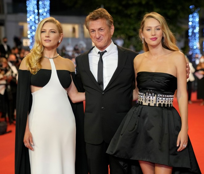 Katheryn Winnick, from left, Sean Penn, and Dylan Penn