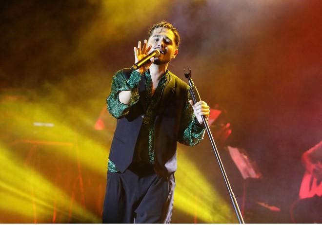 Ο frontman του συγκροτήματος ΜEΛΙSSES χάρισε μοναδικές μουσικές στιγμές στους θαυμαστές του