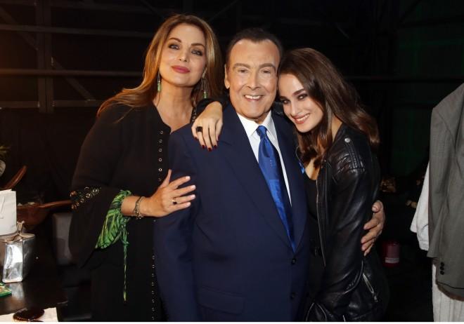 Άντζελα Γκερέκου και Τόλης Βοσκόπουλος με την κόρη τους, Μαρία