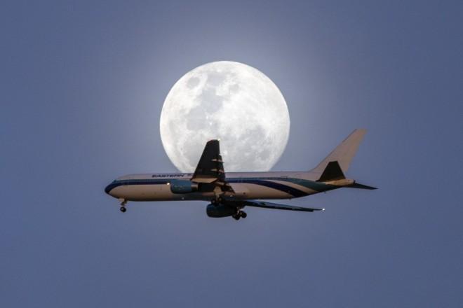 Το «φεγγάρι του Ελαφιού» φαίνεται ολόκληρο από χθες 22/7 στην Ουρουγουάη- φωτογραφία ΑΡ