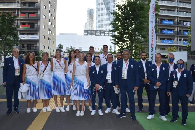 Η ελληνική ομάδα πριν την παρέλαση για τους Ολυμπιακούς Αγώνες στο Τόκιο- πηγή Ελληνική Ολυμπιακή Επιτροπή