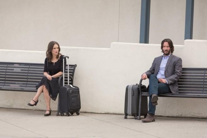 Destination Wedding ταινία στο Star με τους  Γουινόνα Ράιντερ και Κιάνου Ριβς