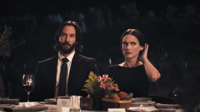 Γουινόνα Ράιντερ και Κιάνου Ριβς στην ταινία Destination Wedding