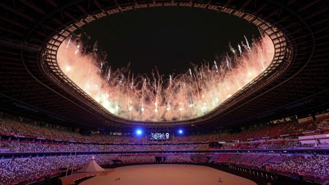 Πυροτεχνήματα στην τελετή έναρξης των Ολυμπιακών Αγώνων 2021- φωτογραφία ΑΡ