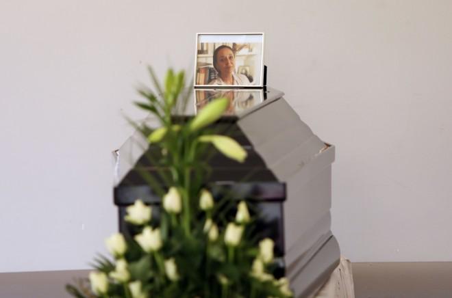 κηδεία της Μάγιας Λυμπεροπούλου