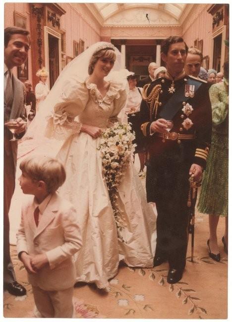 Νταϊάνα: «Ο γάμος με τον Κάρολο ήταν η χειρότερη ημέρα της ζωής μου»