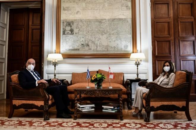 Νίκος Δένδιας με την Υπουργό Εξωτερικών του Λιβάνου