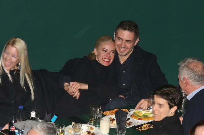 Ζέτα και Μιχάλης σε μία από τις full in love δημόσιες εμφανίσεις τους/ φωτογραφία NDP