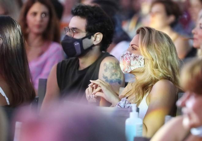 Μαίρη Συνατσάκη και Ίαν  Στρατής φαίνεται πως είναι το νέο ζευγάρι της showbiz