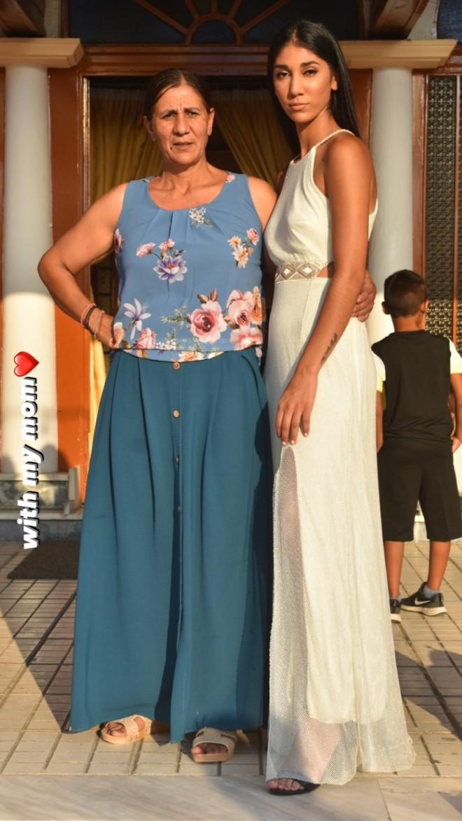 Παρασκευή Κερασιώτη gntm  Μας συστήνει τη μητέρα της  Δείτε πόσο μοιάζουν!