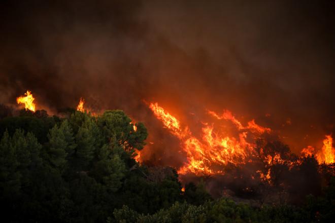 Φωτιά στις Αδάμες- φωτογραφία Eurokinissi