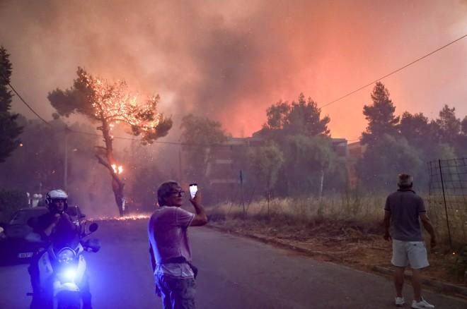 φωτιά κάτοικοι Βαρυμπόμπη