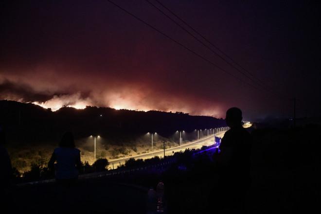 Το πύρινο μέτωπο στις Αφίδνες- φωτογραφία Eurokinissi