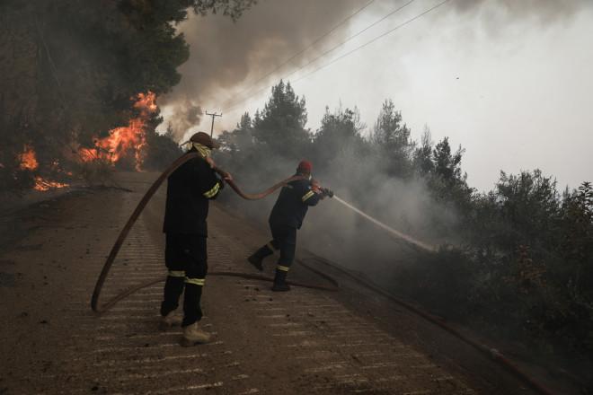 φωτιά Εύβοια πυροσβέστες 10.08.2021