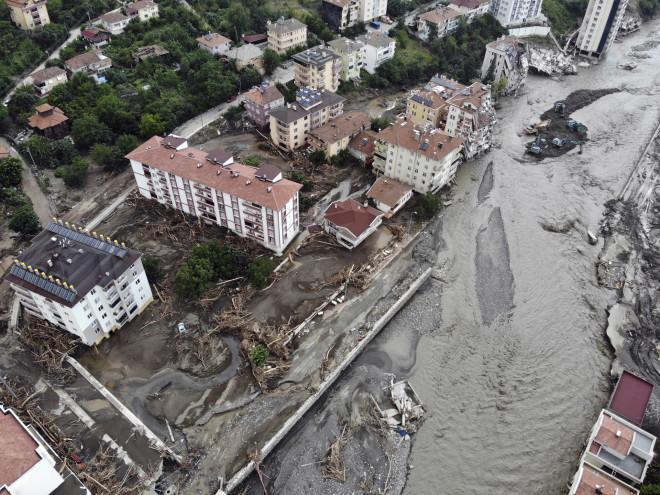 πλημμύρες