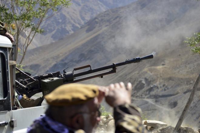 Αφγανοί μαχητές στην κοιλάδαΠαντζσίρ, την τελευταία περιοχή που δεν ελέγχεται από τους Ταλιμπάνσε όλο το Αφγανιστάν- φωτογραφία ΑΡ