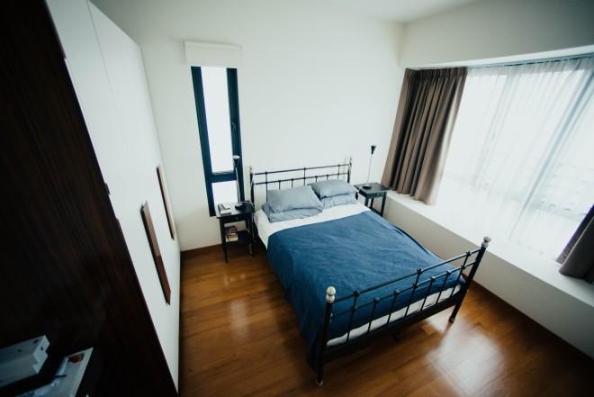 φοιτητικό υπνοδωμάτιο με κρεβάτι