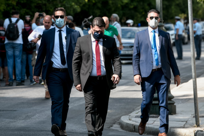Ο Νίκος Χαρδαλιάςαναλαμβάνει υφυπουργός Εθνικής Άμυνας- φωτογραφία Eurokinissi