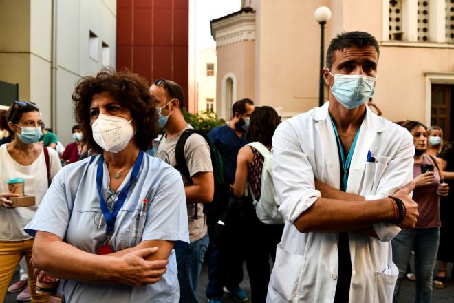 αναστολή εργασίας υγειονομικών