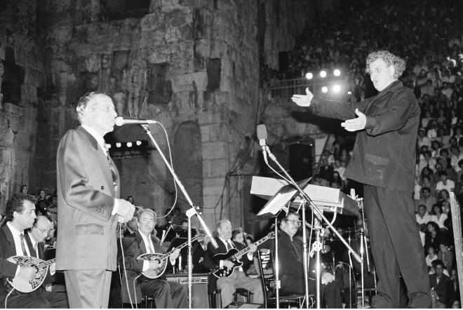 Μίκης Θεοδωράκης και Γρηγόρης Μπιθικώτσης σε συναυλία στο Ηρώδειο