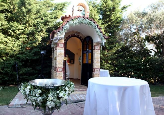 Η ρομαντική διακόσμηση της εκκλησίας του Αγ. Γεωργίου