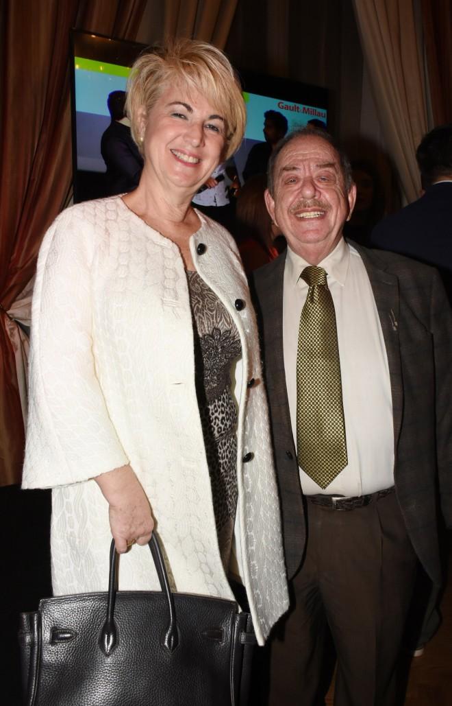 Ο Ηλίας Μαμαλάκης με τηη σύζυγό του, Ντορίτα Πετρατζά