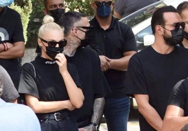 Η Τάμτα, ο Πάρης Κασιδόκωστας και ο Γιώργος Αρσενάκος λένε το τελευταίο «αντίο» στον Μad Clip