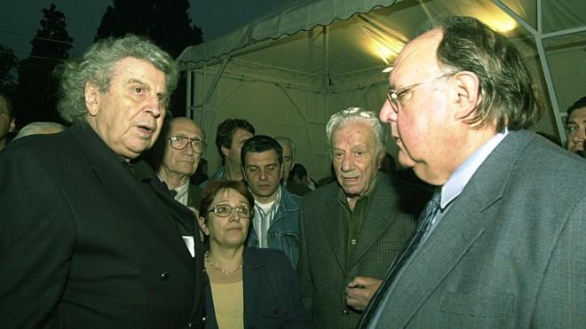 Μίκης Θεοδωράκης - Θεόδωρος Πάγκαλος σε συναυλία συμπαράστασης στον παλαιστινιακό λαό το 2002- Eurokinissi