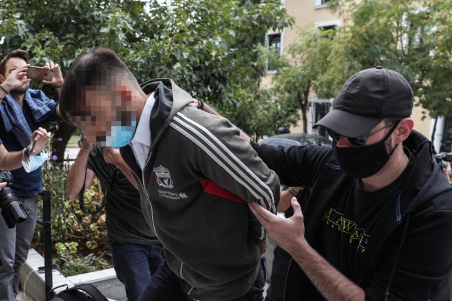 Ο 32χρονος πρώην ποδοσφαιριστής κατά την άφιξή του στην Ευελπίδων- φωτογραφία Eurokinissi