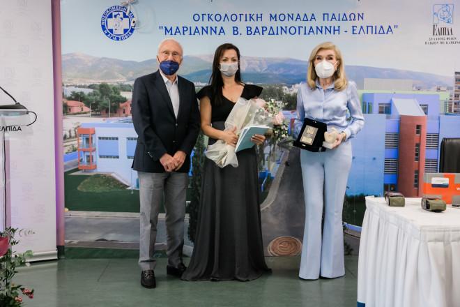 Γιάννης Σπανολιός, Ματίνα Κυριάκου, Μαριάννα Β. Βαρδινογιάννη