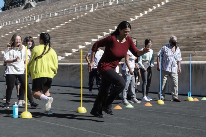Σε εκδηλώσεις στο Καλλιμάρμαρο για την Ημέρα Σχολικού Αθλητισμού η Νίκη Κεραμέως- φωτογραφία Eurokinissi
