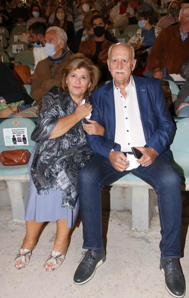 O Γιώργος Παπαδάκης με τη σύζυγό του Τίνα Παπαδέλη