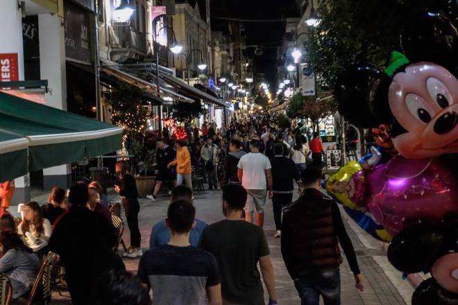 Πλήθος κόσμου διασκέδασε χθες στην Κρήτη/EUROKINISSI