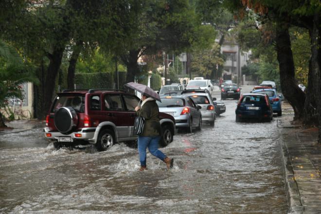 πλημμυρισμένοι δρόμοι