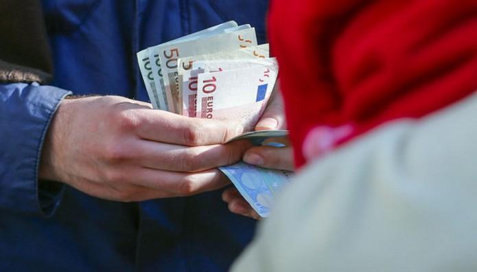 Πάρτε βαθιά ανάσα! Αύξηση φόρου έως 650 ευρώ προβλέπουν τα προσχέδια της συμφωνίας