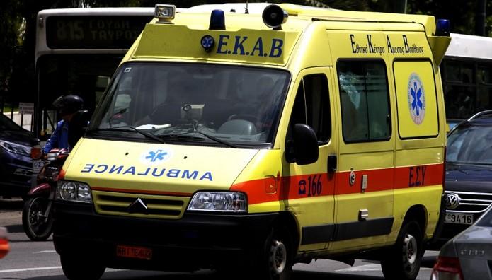 Γυναίκα έπεσε από τον 2ο όροφο πολυκατοικίας στη Θεσσαλονίκη