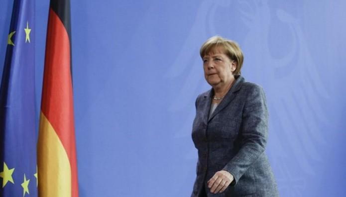 Σύμβουλος της Μέρκελ: Ξεχάστε την πολιτική λύση – Η Ελλάδα θα υποχωρήσει στο τέλος