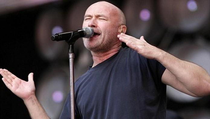 ΠΑΣΙΓΝΩΣΤΟΣ τραγουδιστής στο νοσοκομείο – Τον είδαν με επιδέσμους στο κεφάλι!