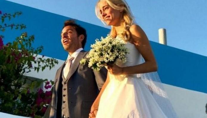 Δημήτρης Θεοδωρίδης: Η ΦΩΤΟ από τον γάμο με την Δούκισσα Νομικού και το πρώτο μήνυμα!