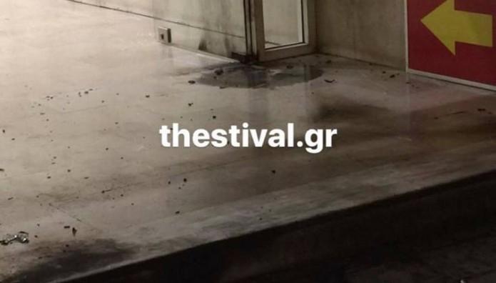 Θεσσαλονίκη: Επίθεση με μολότοφ στα γραφεία του ΣΥΡΙΖΑ