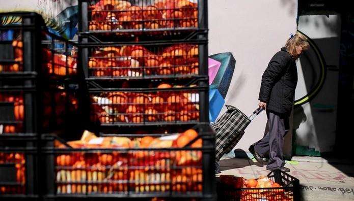 Νοθευμένα κι ακατάλληλα χιλιάδες τρόφιμα