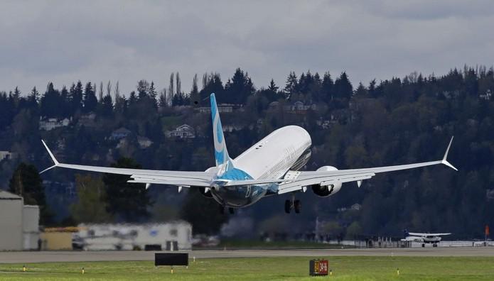 Λαθρεπιβάτες έπεσαν από το αεροπλάνο κατά την απογείωση