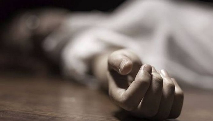 Βόλος: Συμβολαιογράφος έκοψε την καρωτίδα του με μαχαίρι