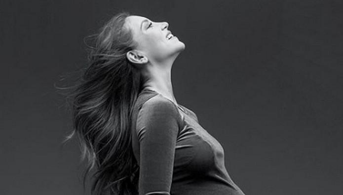 Η Οικονομάκου μπήκε στο μήνα της - Αποκάλυψε φύλο μωρού