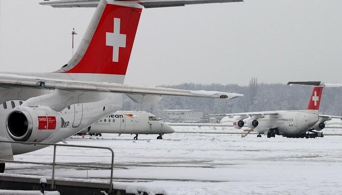 Η έντονη κακοκαιριά «σφραγισε» το αεροδρόμιο της Γενεύης